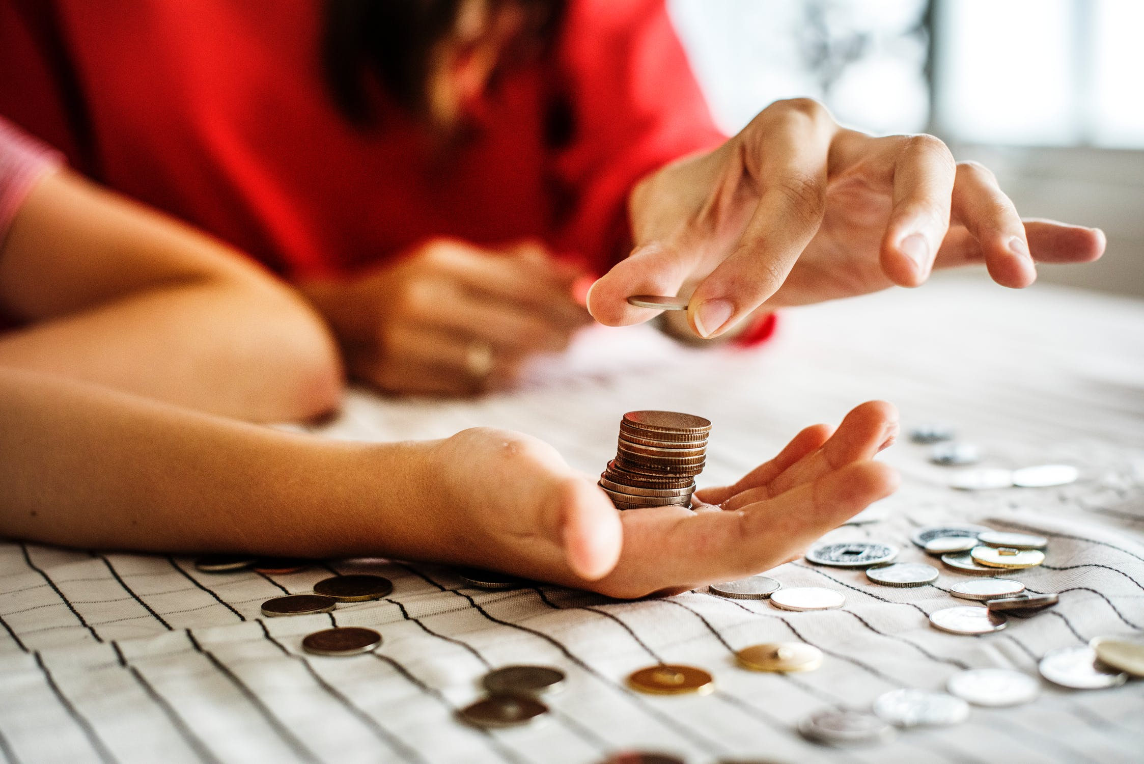 Money saving 101: All the basic tips that will help you lead your dream life